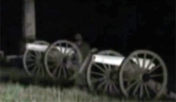 На видео попал призрак американского солдата времен Гражданской войны (2 фото + видео)