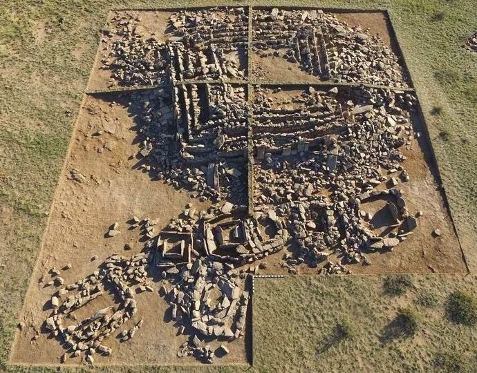 В Казахстане обнаружилась загадочная древняя пирамида