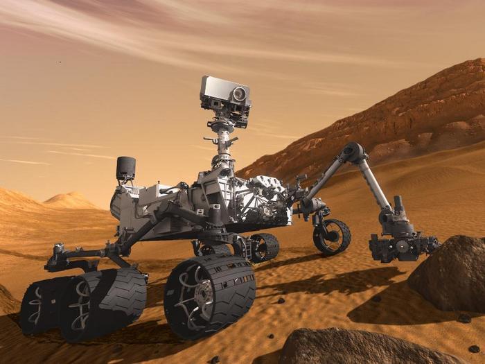 Марсоход Curiosity продолжает присылать интересные снимки (2 фото + 2 видео)