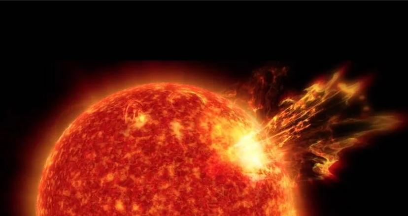 В Солнце врезалась крупная комета