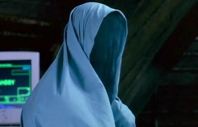 Бегущего «человека-невидимку» засняли на видео