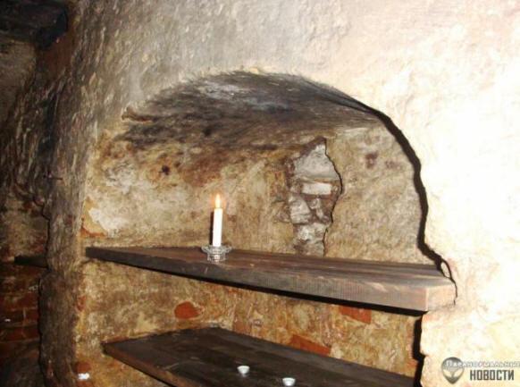 Мистика Крустпилсского замка (7 фото)