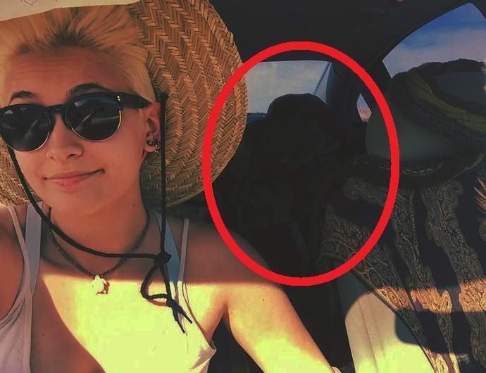 На фото дочери Майкла Джексона обнаружили призрак ее отца