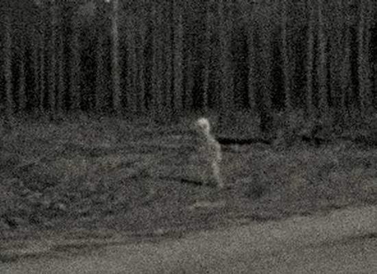 Найдено старое фото «пришельца», встретившегося американцу на Аляске