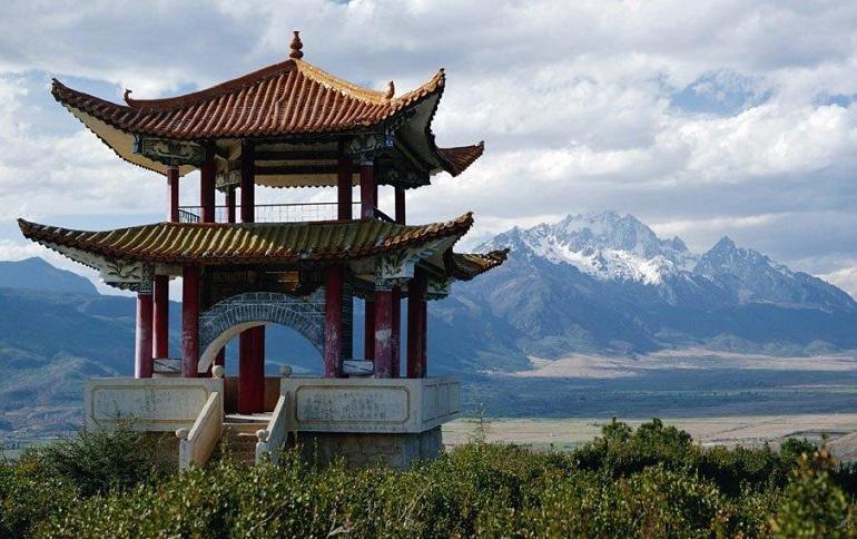 В Китае археологи вскрыли царскую гробницу, которой около тысячи лет
