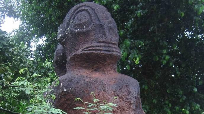 Древние статуи «серых пришельцев» и рептилоидов (5 фото)