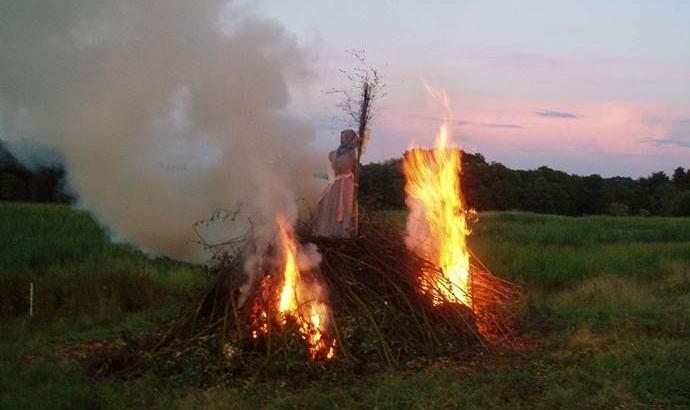 В Перу сожгли на костре женщину