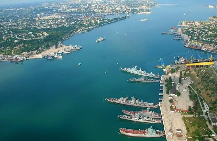 Как в Севастополе оказался военный водолаз из прошлого (2 фото)