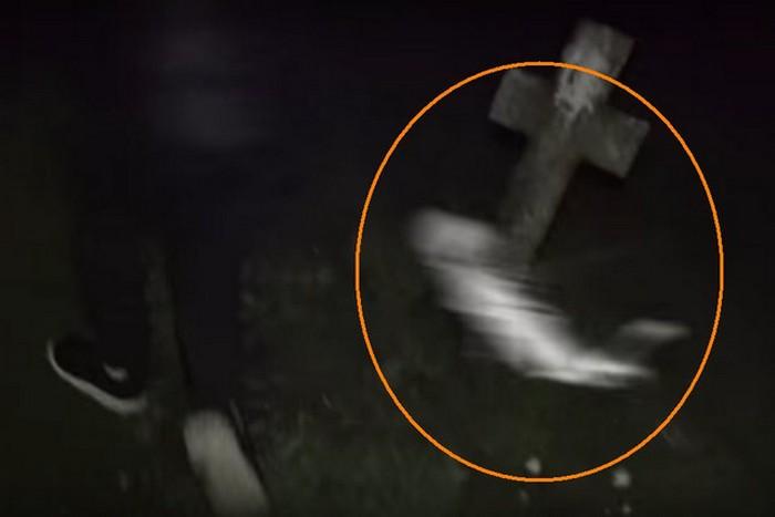 На кладбище на подростка напало разгневанное привидение (+видео)