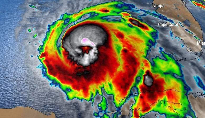 На спутниковом снимке урагана «Майкл» заметили мистический знак