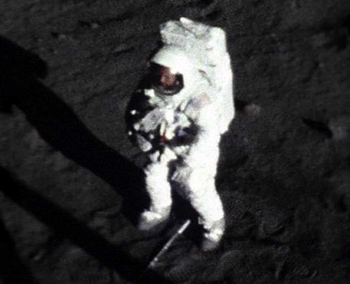 """Опубликованы новые доказательства присутствия американцев на Луне"""" />"""