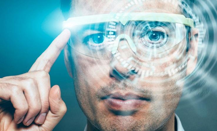 Роботы не приведут к безработице, а наделят человека новыми способностями, считают ученые