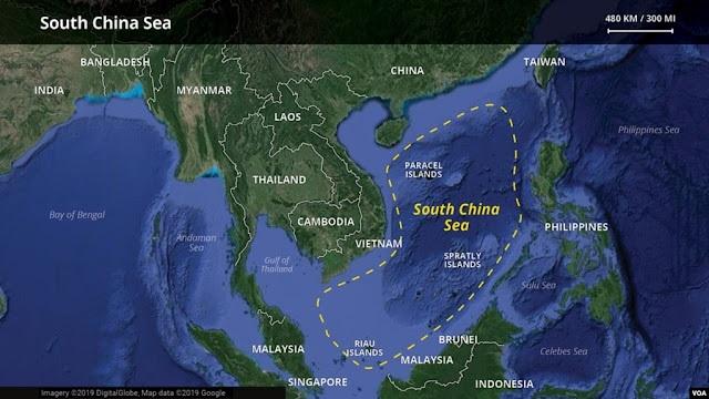 Атомная подводная лодка США столкнулась с неопознанным объектом в Южно-Китайском море