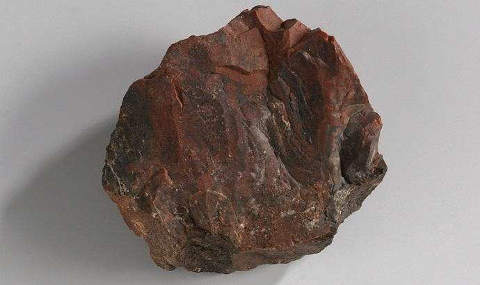 Лунный камень НАСА оказался деревянной подделкой