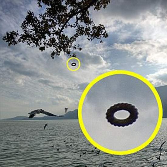 Китаец сфотографировал НЛО в виде шестерни