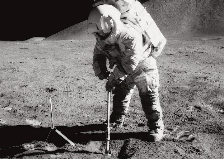 Ученые NASA вскрыли капсулу с образцами лунного грунта, доставленного в 1972 году
