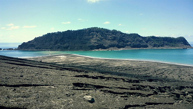 В Тихом океане за несколько дней образовался новый остров