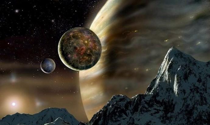 Боги прячутся за Солнцем, прикрываясь при этом Луной, как щитом (6 фото + видео)