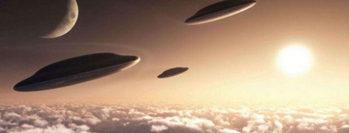НЛО летают, Интернет буквально заполонен видео об этом, а власти США продолжают отмалчиваться и темнить