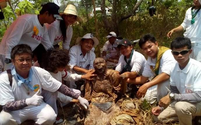 В Таиланде обнаружили магический фрагмент человеческой кожи