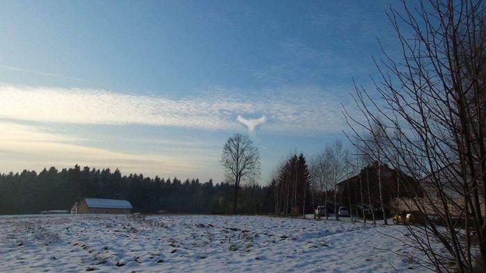 Фантастическое облако в форме ангела запечатлели в Польше
