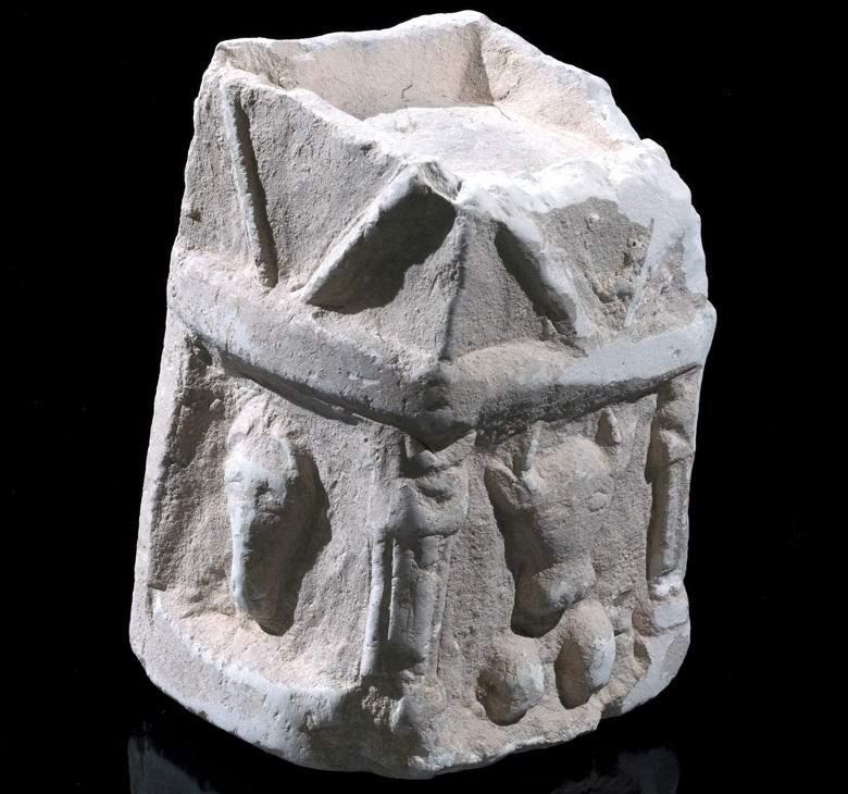 Ученые откопали загадочный артефакт, который начал приносить им несчастья