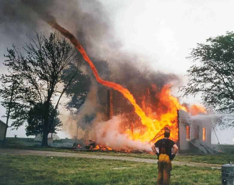 Загадочный огонь с неба, который до сих пор непонятен ученым