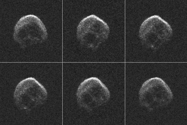 К Земле приближается астероид в виде гигантского черепа