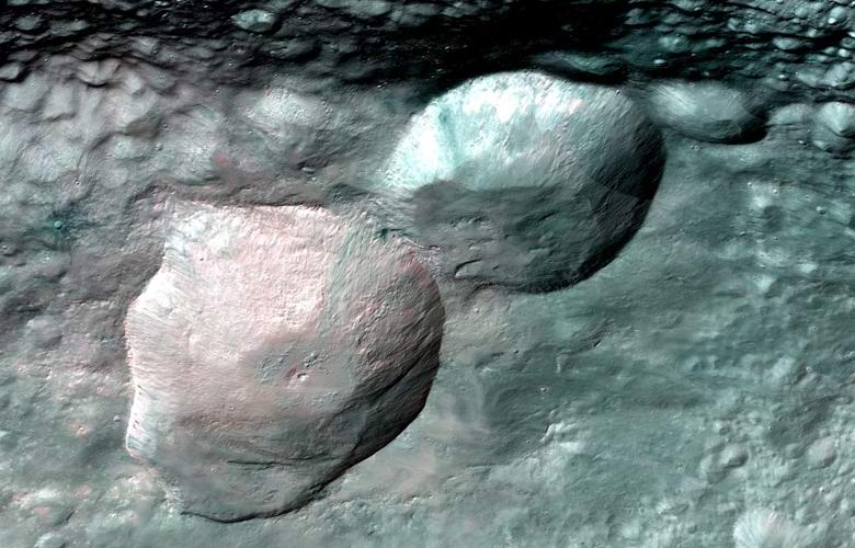 Ученые опубликовали снимки гигантского снеговика на астероиде