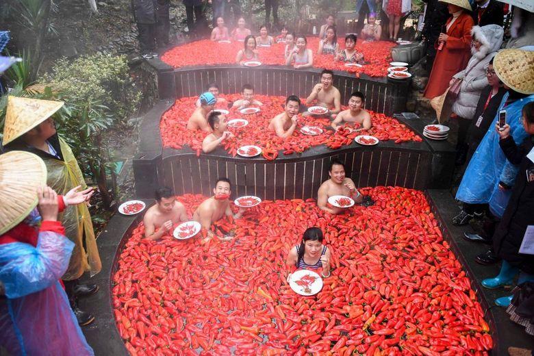 Китайские соревнования по поеданию горького перца чили