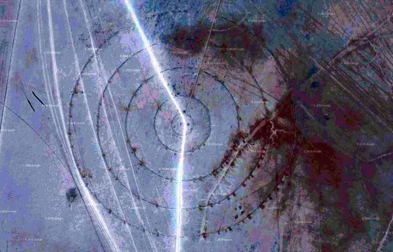 Непонятные круги обнаружили в высохшем озере возле Зоны 51