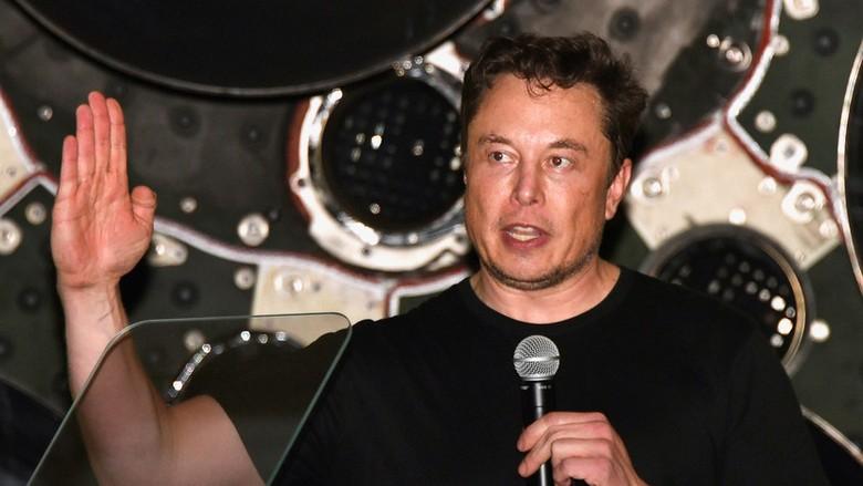 Илон Маск восхищается российскими ракетными двигателями РД-180