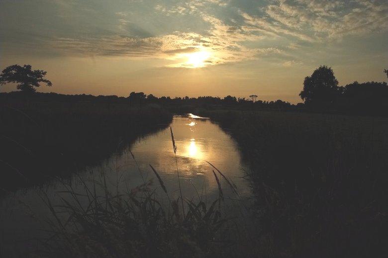 Апокалиптические звуки Валкенсварда в Нидерландах